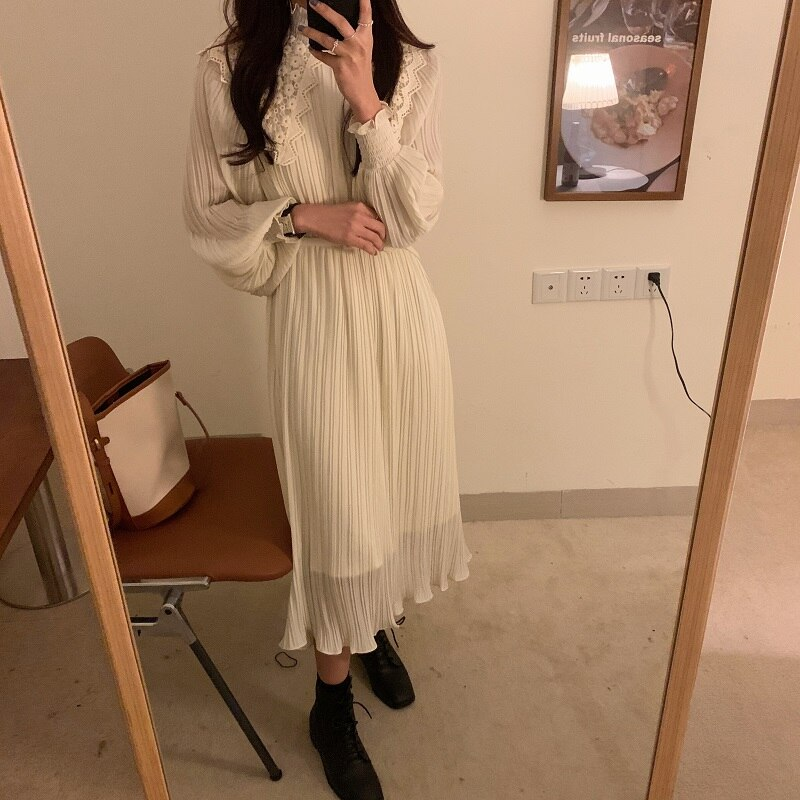 H5c88d31a0fd040939861899b34dedf5ar - Spring / Autumn Lace Stand Collar Long Sleeves Pleated Midi Dress with Belt