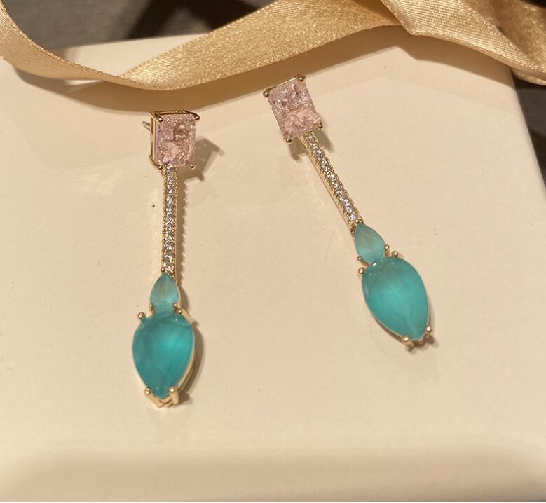 Luz Rosa gota de agua azul zircon pendientes de diamantes de imitación elegante damas accesorios oído