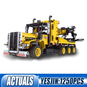 MOULD KING 17011 The APP RC Motorized High-way Tow Truck Model Assembly High-Tech Building Blocks Bricks Kids Christmas Gifts