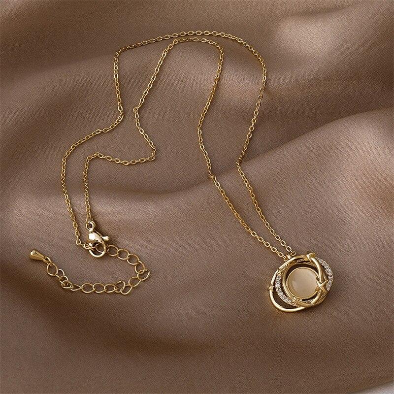 Collar con colgante de diseño de Planeta de ópalo caliente para mujer, cadena de oro de temperamento exquisito, cadena de clavícula, regalo de joyería coreana nuevo 2021