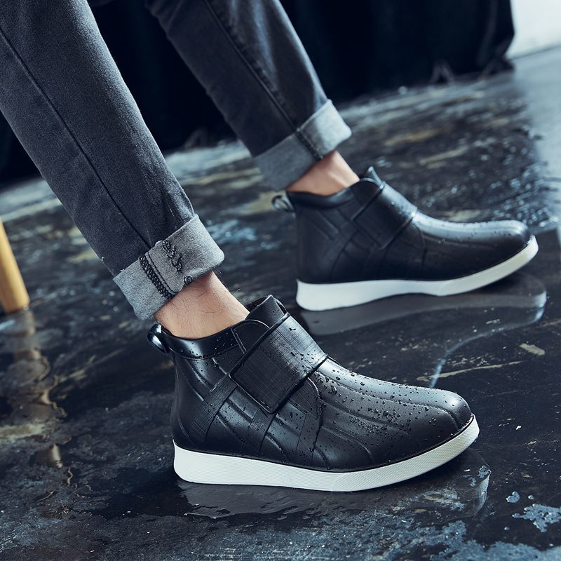 Rain Boots Mens Fashion Outer Wear Waterproof Shoes Casual All-Match Soft Sole Comfortable Car Wash