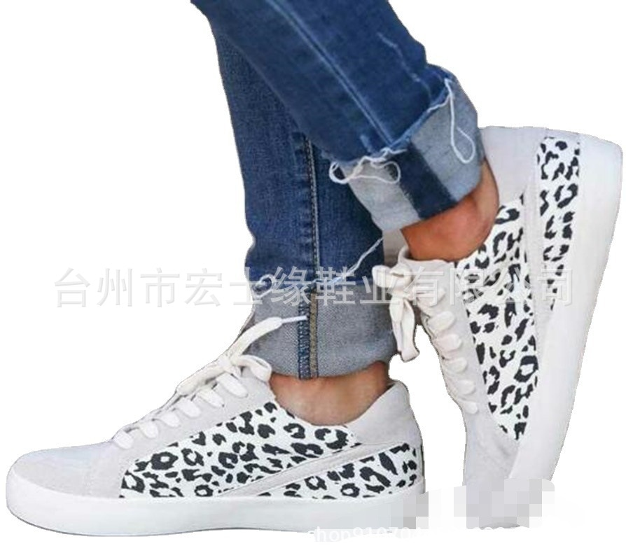 Womens Sexy Leopard Printing High Top Canvas Shiny Lace-up Flat Shoes Rivets Embellished Shiny Platform Leisure Sneakers hot new