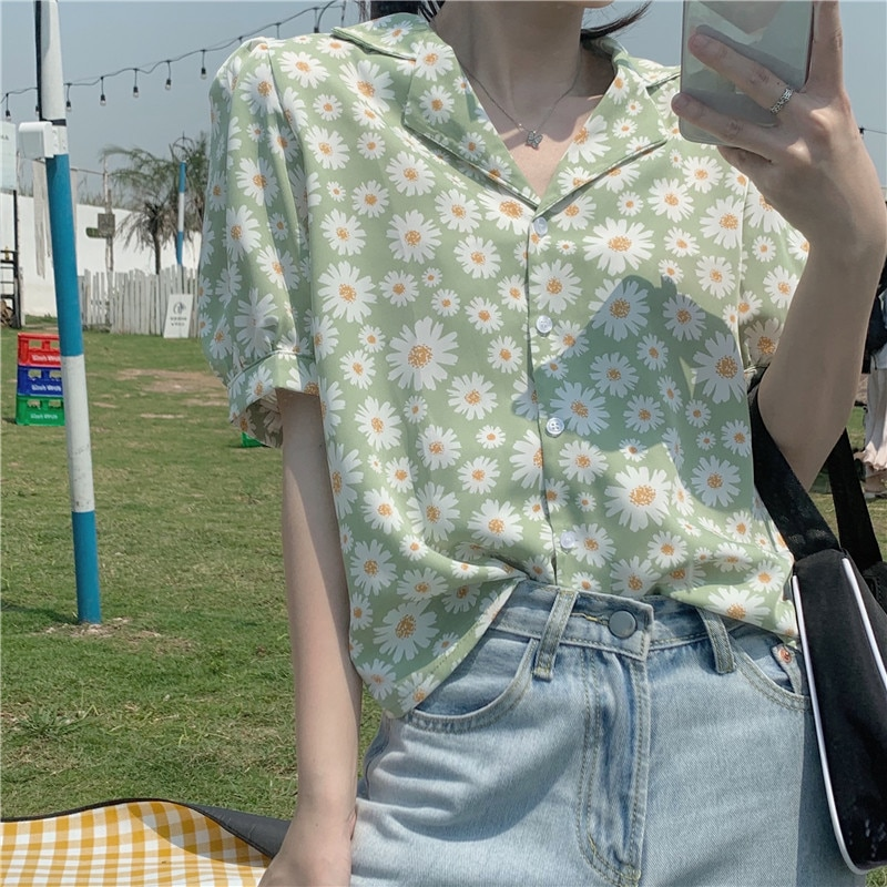 Женская блузка с отложным воротником, однобортная рубашка из крепа с цветочным принтом и короткими рукавами, весна-лето 2021