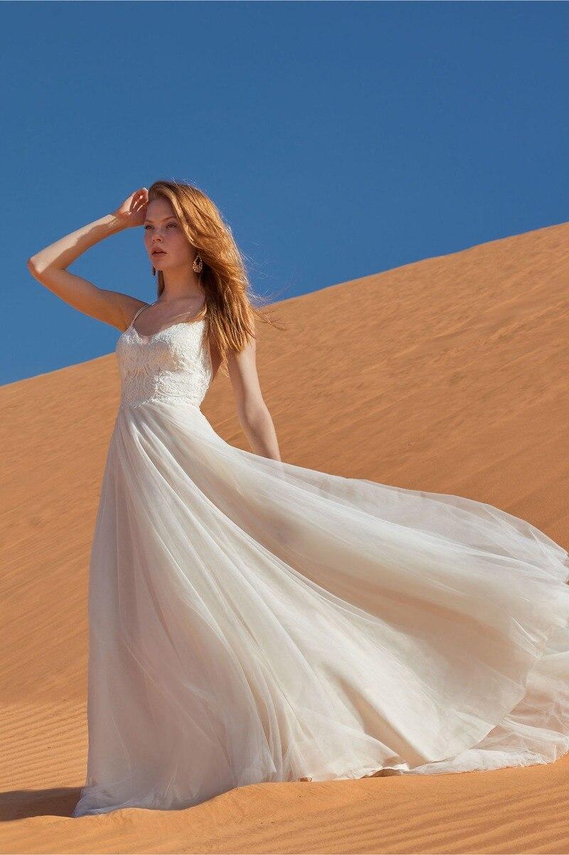 2021 luxury quality fashion women's V-neck lace dress sexy and generous big swing slim fit backless white light wedding dress