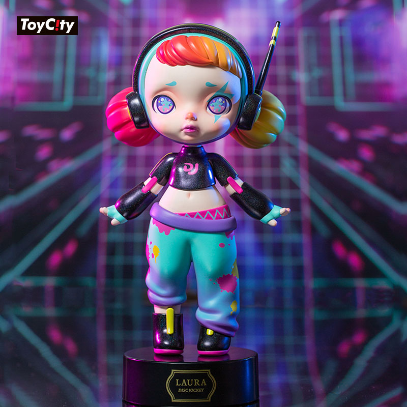 Laura Figure Toys Cool Electronic Music Girl Series Dance EM Kawaii DJ Anime Model PVC Garage Kit Doll