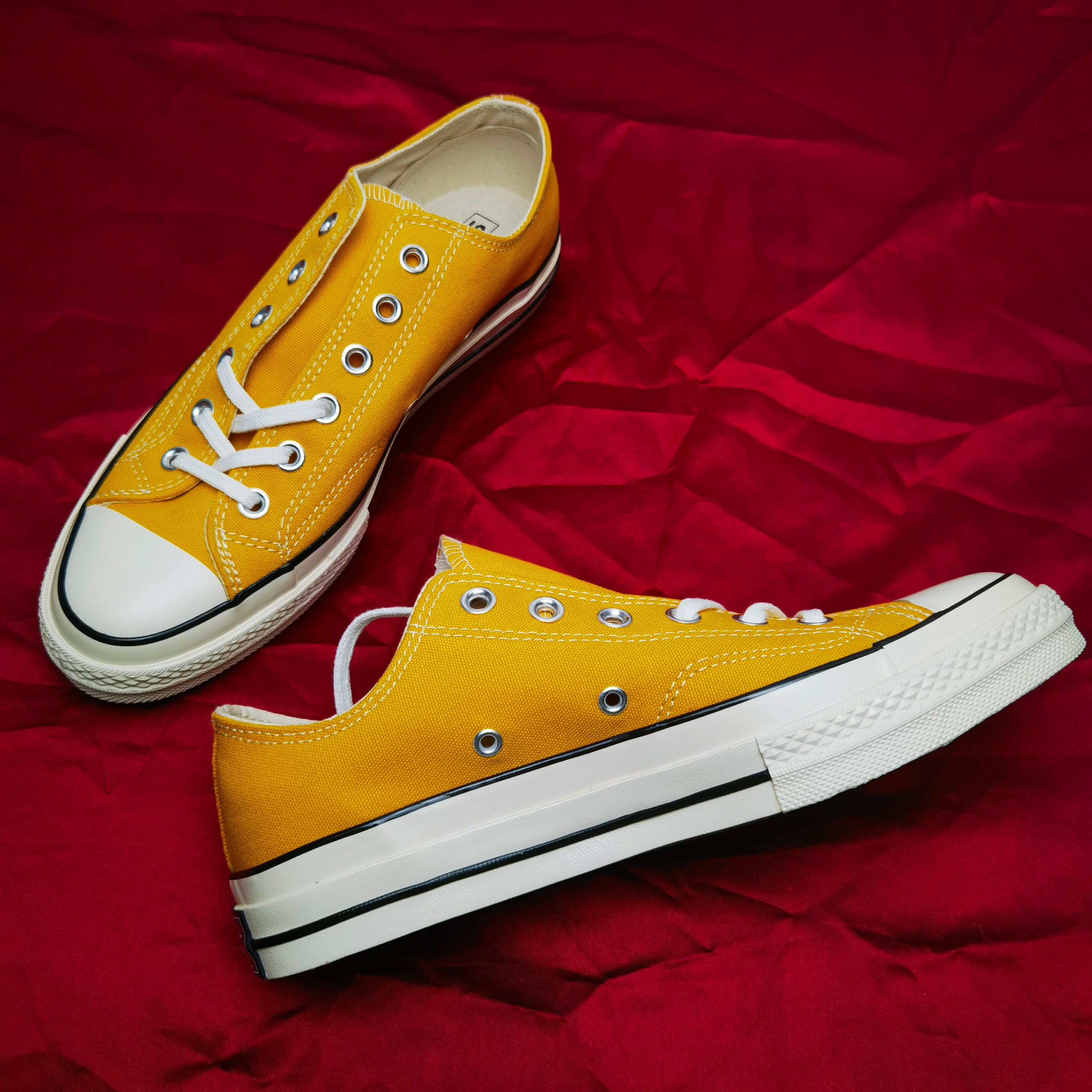 Brand New Casual Designer Canvas Shoes Top Quality Breathable Skateboard Shoes Comfortable Rainbow C