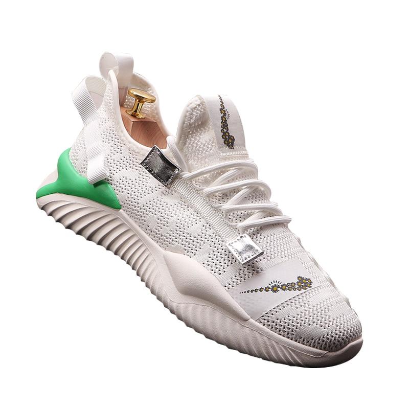 Zapatos blancos para hombre 2020, zapatos de moda de papá hueco, zapatos casuales deportivos versátiles, zapatos tejidos ligeros transpirables, zapatos vulcanizados Tenis