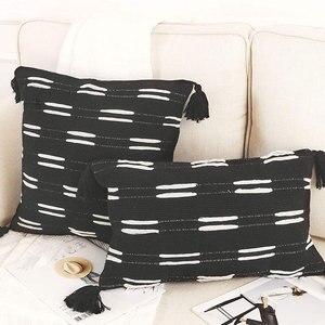 Pillow Case Tufted Throw Cushion Cover Cotton Woven Black White Pillow Case With Tassel Invisible Zipper Sofa Home Decor 45x45cm