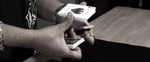 Elevador cortado por eric jones truque mágico