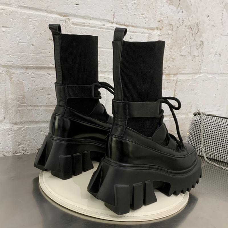 Bottes Martin pour femmes, chaussettes extensibles en tissu, chaussures à semelle compensée, tendance gothique pour femmes, nouvelle collection 2020