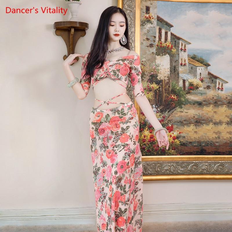 طقم رقص شرقي مطبوع عليه شبكة قميص علوي نصف كم تنورة مفرغة ملابس ممارسة ملابس الكبار ملابس أداء صيفي