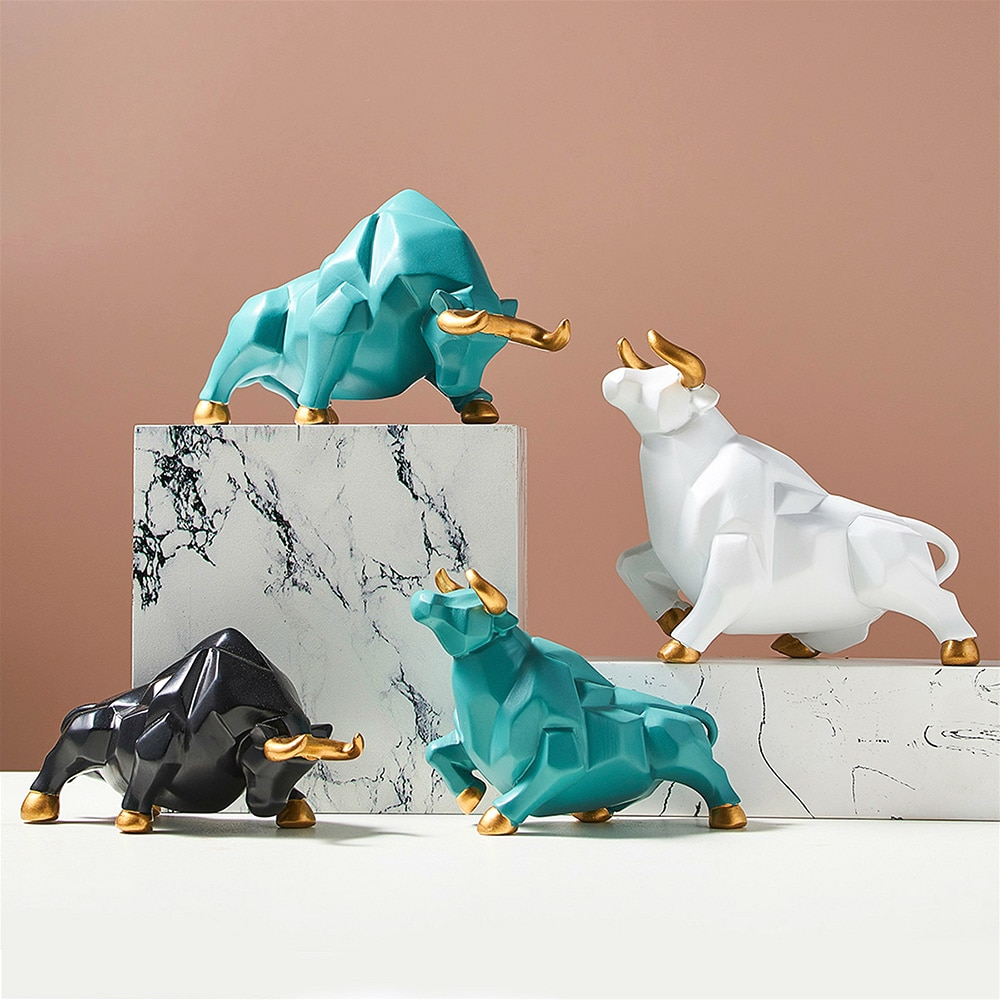 Nordic Resin Cattle Shape Ornaments Home Desktop Decorations Porcelain Animal Figurine Bull Miniatures Home Decor Animal Model