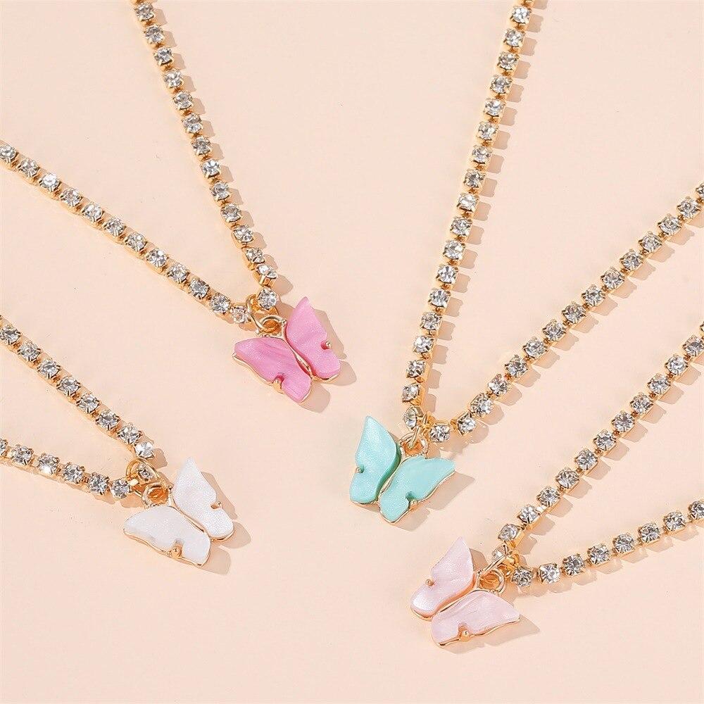 Collar colorido bonito con colgante de mariposa para mujer, cadena de cristal brillante de Color dorado, gargantilla de diamantes de imitación, Collar, joyería de moda 2020