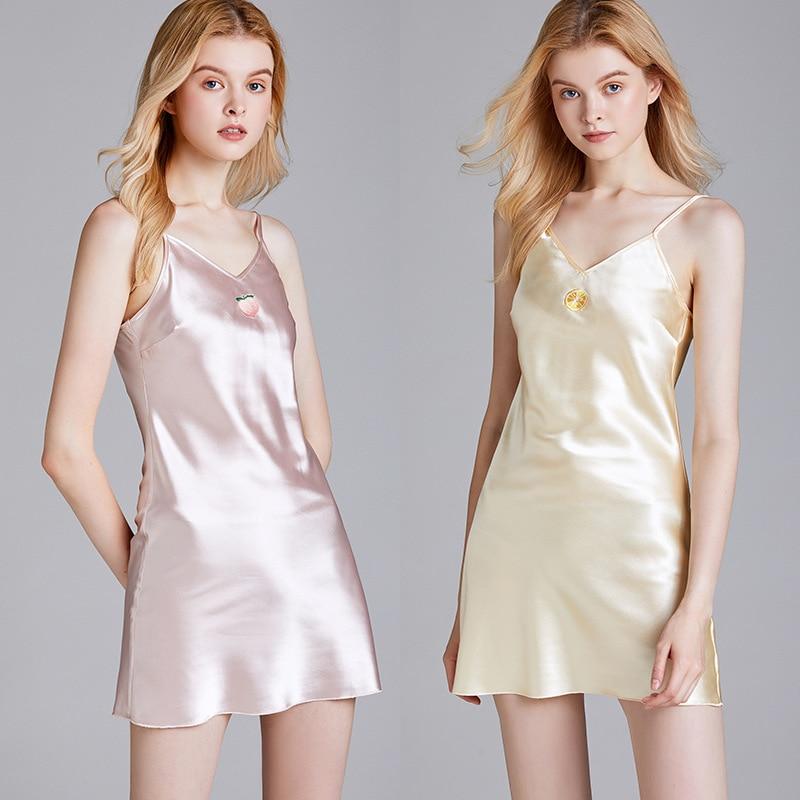 Frauen Silk Satin Nachthemd für Mädchen Sommer Nachtwäsche Neue Stil Homewear Sexy Nachthemd Nacht Kleid Silk Kleid 2020