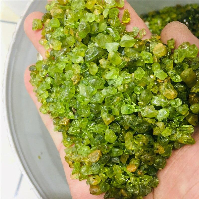 Cristal peridoto mineral de roca natural con gema rodante de 100g se utiliza para curar chakras
