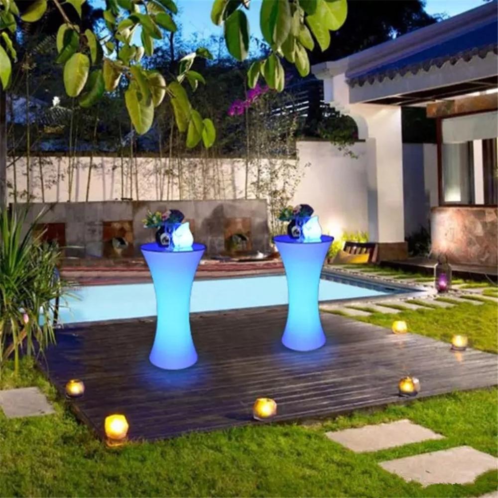 طاولة كوكتيل LED قابلة لإعادة الشحن ، جديدة لعام 2019 ، أثاث تجاري مضاء ، مجموعة طاولة بار