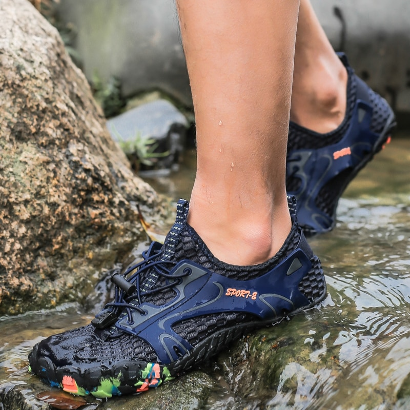 Men Outdoor Sneakers Breathable Hiking Shoes Men Women Outdoor Hiking Sandals Trekking Trail Quick Dry Water Shoes 35-48