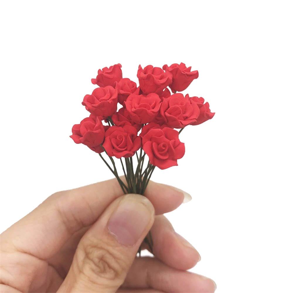 Миниатюрные аксессуары для кукольного домика, миниатюрные каучуковые модели с имитацией красной розы, Цветочная композиция, игрушка для ук...