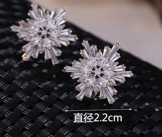 fashion diamond crystal low price high quality 2pairs/lots diamond crystal 925 silver womens Snowflakes zirconearings (14.5n