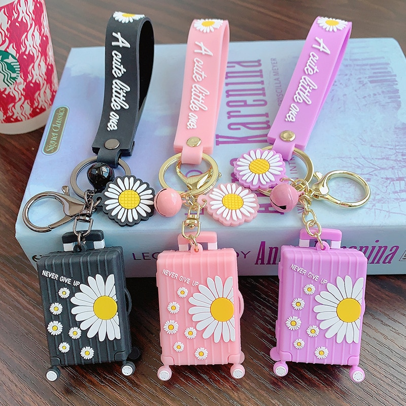 Little Daisy Color Mini Cartoon Luggage Keychain, Romantic Summer Travel Theme Creative Bag Pendant