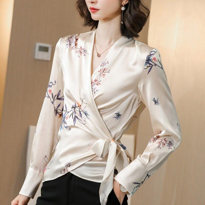Koreański jedwab kobiety bluzki kobieta satynowy nadruk koszula kobiety z długim rękawem jedwabna bluzka topy Plus rozmiar elegancka kobieta satynowa kwiecista bluzka