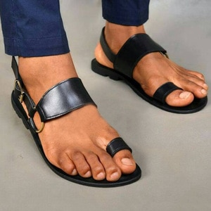 Men's Sandals Vintage Toe Ring PU Leather Male Flats Shoes Comfortable Travel Beach Slippers 2021 Summer Big Size 38-48