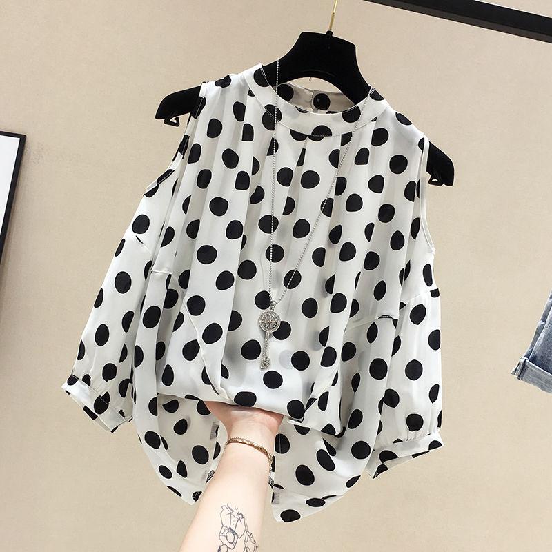 Camisa de mujer de talla grande, Tops de manga corta fáciles de combinar de verano, Camisa de gasa de lunares con hombros descubiertos, camisa femenina elegante