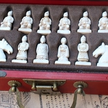 1Set Vintage Chinese Terracotta Warrior 32 Schaakspel Houten Tafel Schaken Games Gift