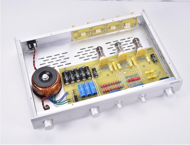 PREAMPLIFICADOR DE TUBO hifi C22 de referencia MCINTOSH con ajuste de tonos altos y bajos