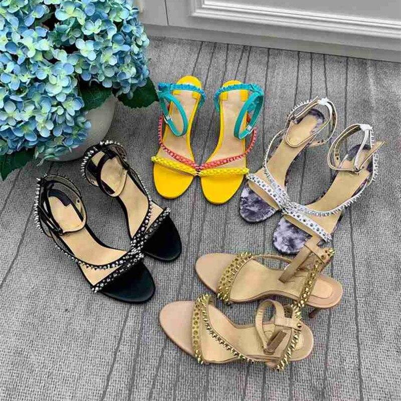 فاخر ماركة مصمم النساء الصنادل المفتوحة تو سلسلة صندل كعب عالٍ مصمم جلد طبيعي النساء أحذية مختلط اللون الصنادل