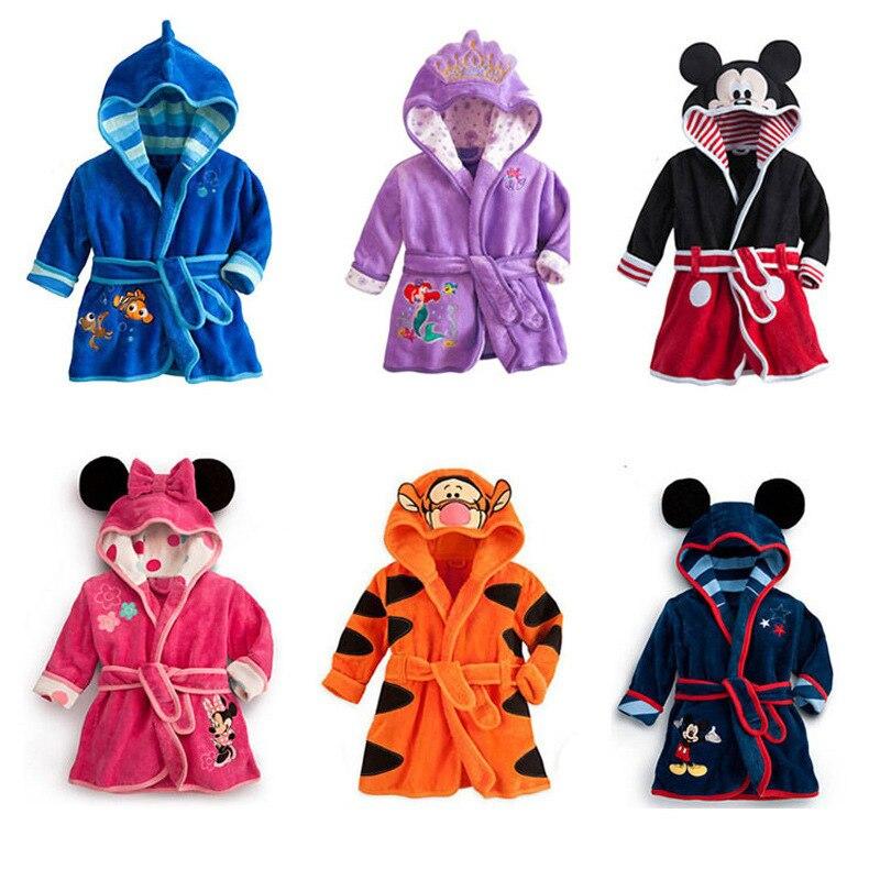 Ropa de niña de Disney, pijamas de bebé, ropa de Boutique para niños, ropa de niño bonita, traje de bebé de terciopelo suave, albornoz para niños