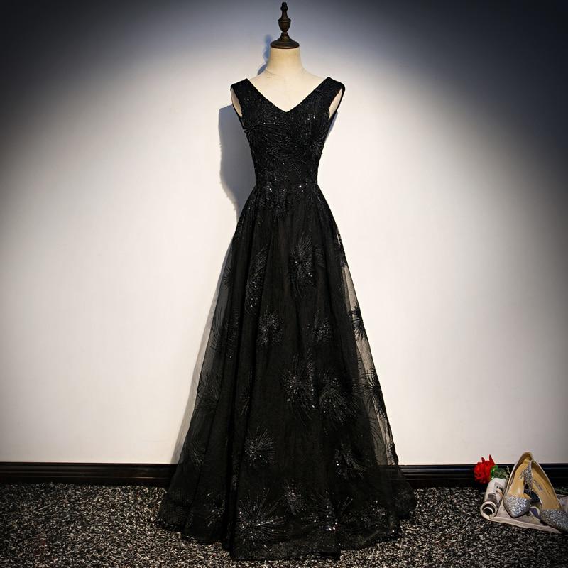 فستان سهرة دانتيل أسود مطرز ، ياقة على شكل v ، بدون أكمام ، مقاس كبير مخصص ، خط a ، طول الأرض ، 2020 R1323