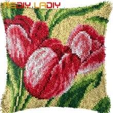 Zatrzask hak poduszka czerwony tulipan poszewka na poduszkę wstępnie wydrukowany kolor płótno przędza akrylowa zatrzaskowy hak poduszka szydełka obicia na poduszki zestawy