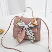 2020 new european and american fashion shoulder messenger packet korean embossed leather handbag fashion simple messenger bag