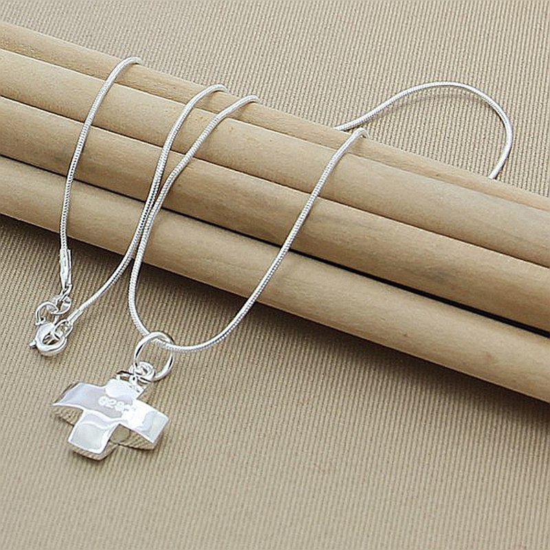 Hot Selling 925 Sterling Silver Short Cross Pendant Necklaces For Women Necklaces High Quality Jewelry gnx0495 2015 new horizontal sideways cross women pendant necklace fashion 925 sterling silver necklaces for women