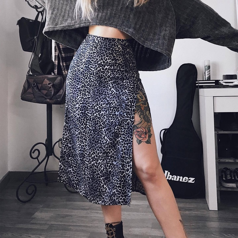 2021 Summer Women Sexy Leopard Printed Elastic High Waist Split A-line Long Skirts for Women Casual Fashion Tight Beach Skirts