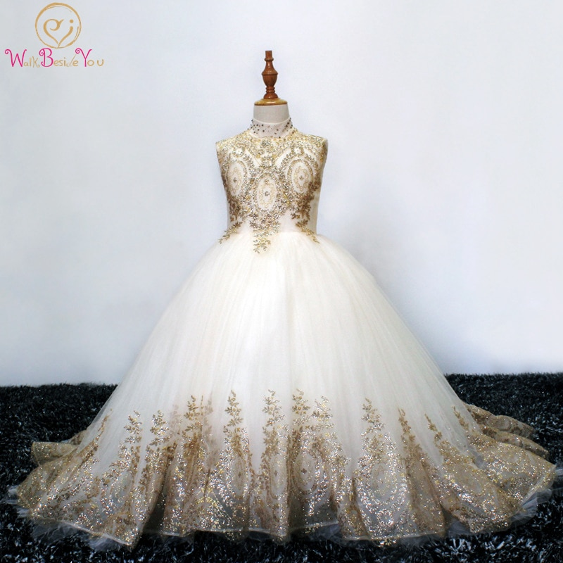 Walk Beside You Gold Flower Girl Dresses Lace Applique Sequined Crystal High Neck Ball Gown Sleeveless robe fille mariage suknia