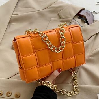 Sac à bandoulière en cuir pour femmes, sacs à rabat tissés, sacoches à épaule à chaîne épaisse, sac à main et bourse de qualité 2020