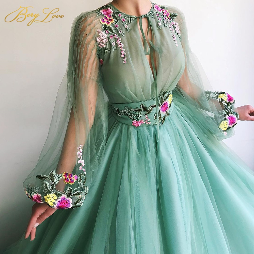 Embroidery Prom Dress Scoop Long Sleeves Illusion Evening Dresses Green Floor Length Robe de soiree 2020