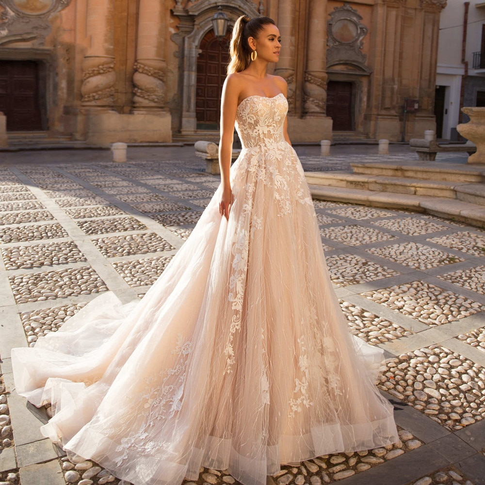 On Zhu Sexy Backless Strapless Lace Vintage Wedding Dresses 2022 Luxury Off The Shoulder Appliques Court Train A Line Bride Gown