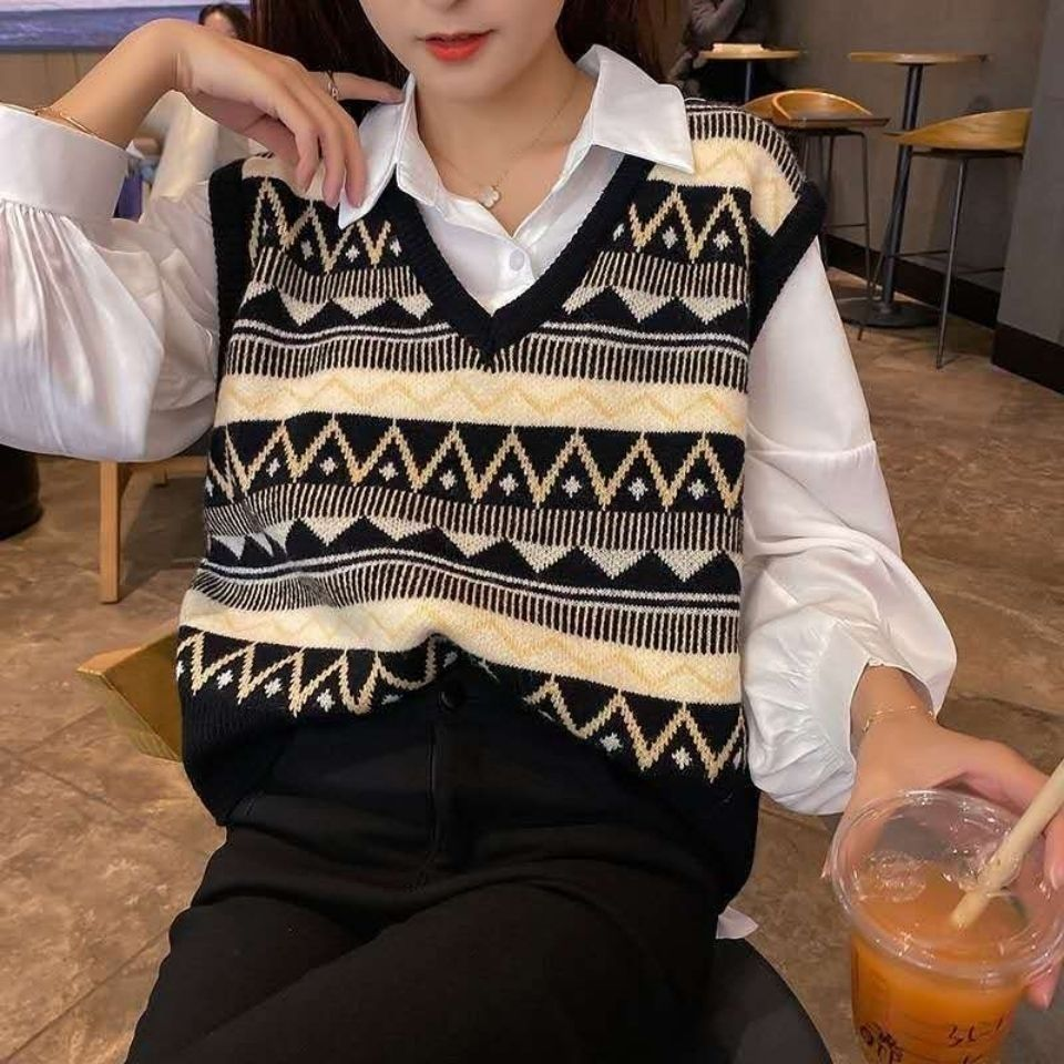 Spring and autumn 2020 New Retro Style Korean Pullover fashion versatile V-neck loose with knitted vest enlarge