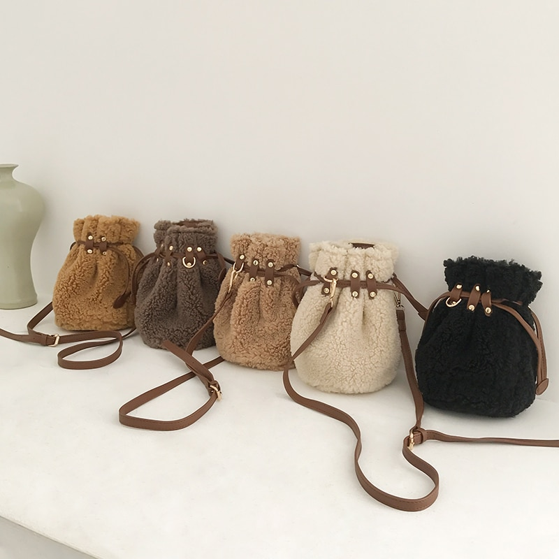Fashion Women's Wool Crossbody Bags Soft Fur Drawstring Bucket Bag Small Size Shoulder Bag Travel