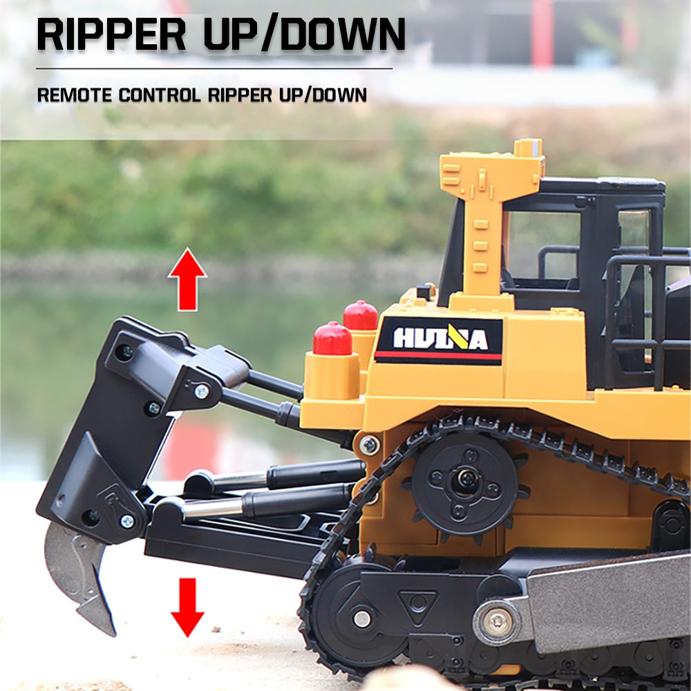 HUINA Car Toys 1:16 RC Truck  Model Remote Controlled Bulldozer Alloy Tractor Caterpillar  Engineering Car Toys for boys kids enlarge