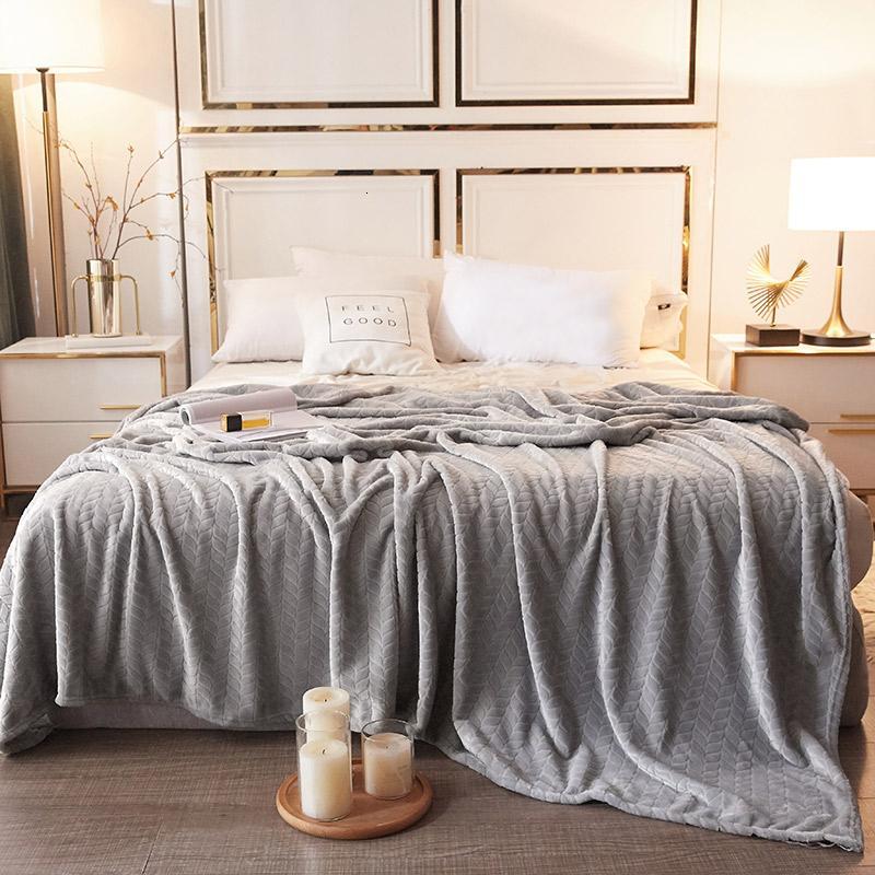 33 الشتاء لينة الفانيلا المنزل المفرش بطانية دافئة سرير مريح أغطية مكتب السفر طائرة قيلولة غطاء بطانية