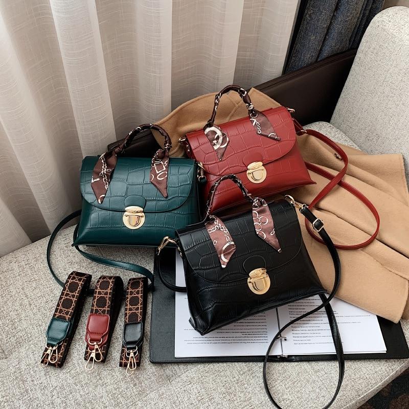 Bag women's 2020 new fashion broadband Stone pattern large-capacity slung women's bag with exotic so