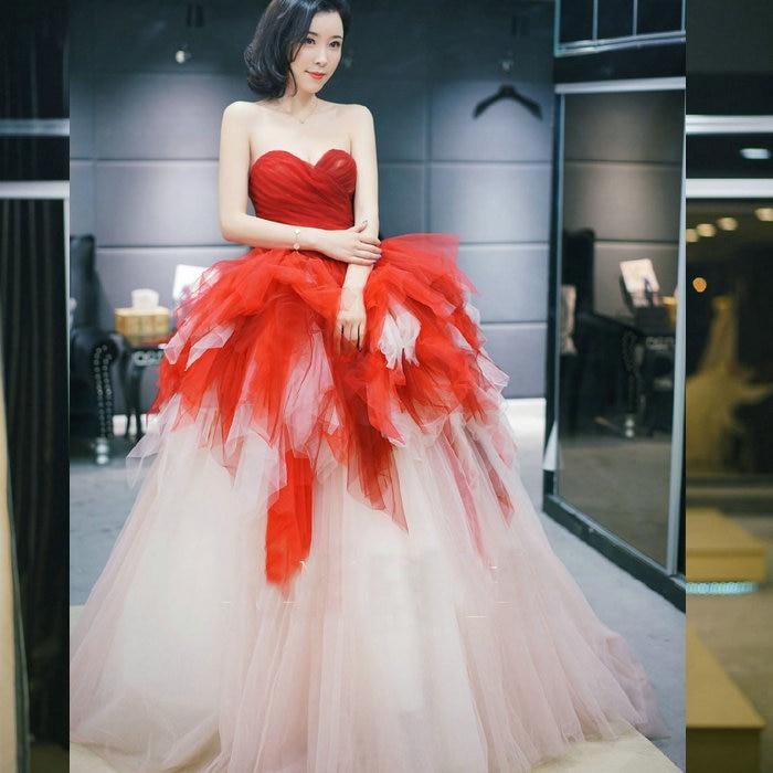 Novio blanco y burdeos vestidos de novia de color de vestido de...