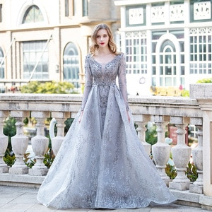Couture 2020 Silver Muslim Long Sleeve Evening Dresses Boat Neck Embroidered Lace Crystals Formal Ball Gown Women Party Dress