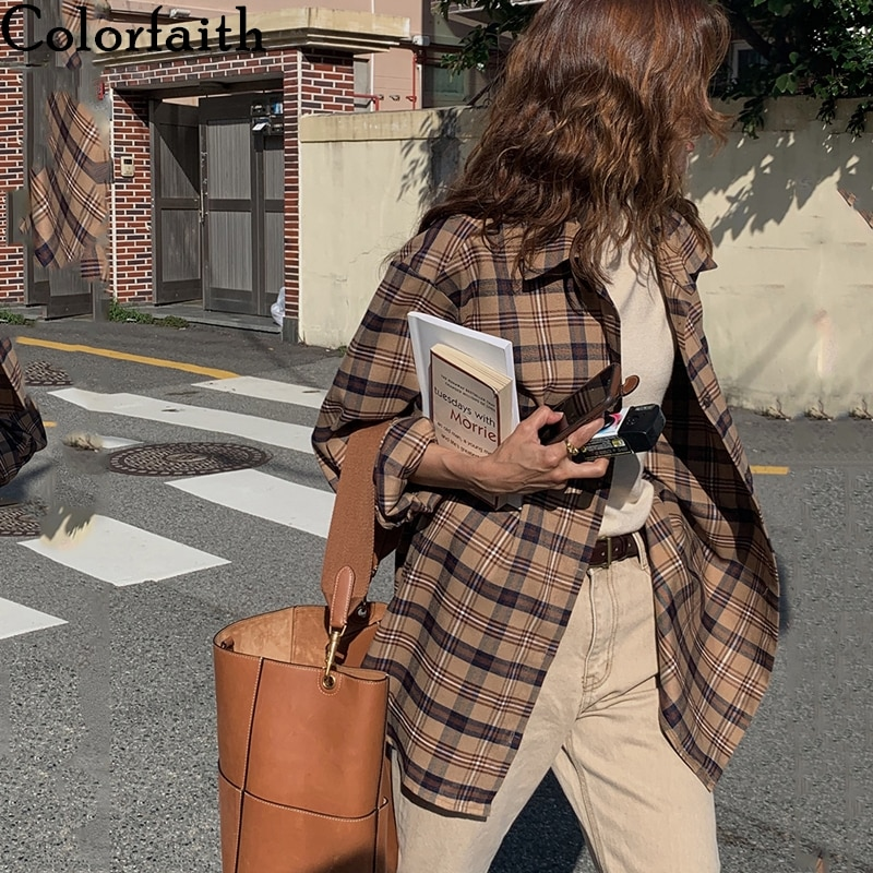 Colorfaith New 2020 Women Autumn Winter Blouses Shirts Checkered Vintage Oversize Korean Style Pockets Plaid Wild Top BL3233