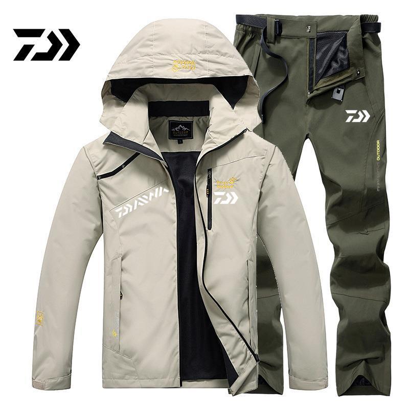 Daiwa Autumn and Winter Fishing Jacket Windproof Waterproof Hooded Warm Climbing Suit Large Size Fishing Clothing Set enlarge