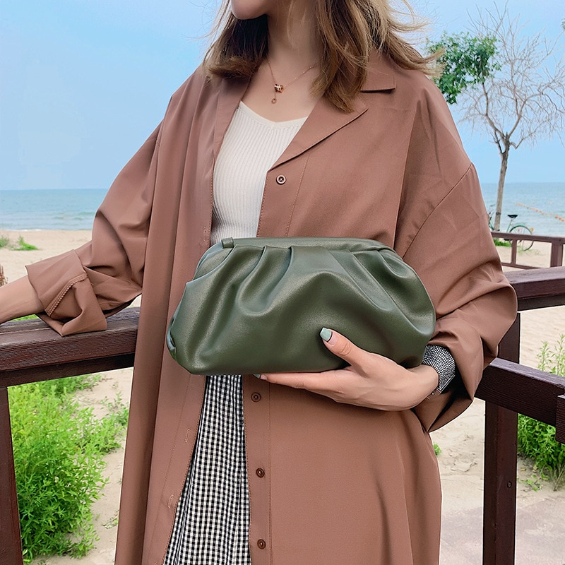 Cloud bag Women Day Clutch Bags Pleated Dumpling Shoulder Messenger Bags Luxury Designer Small Cute Lady Crossbody Handbags new